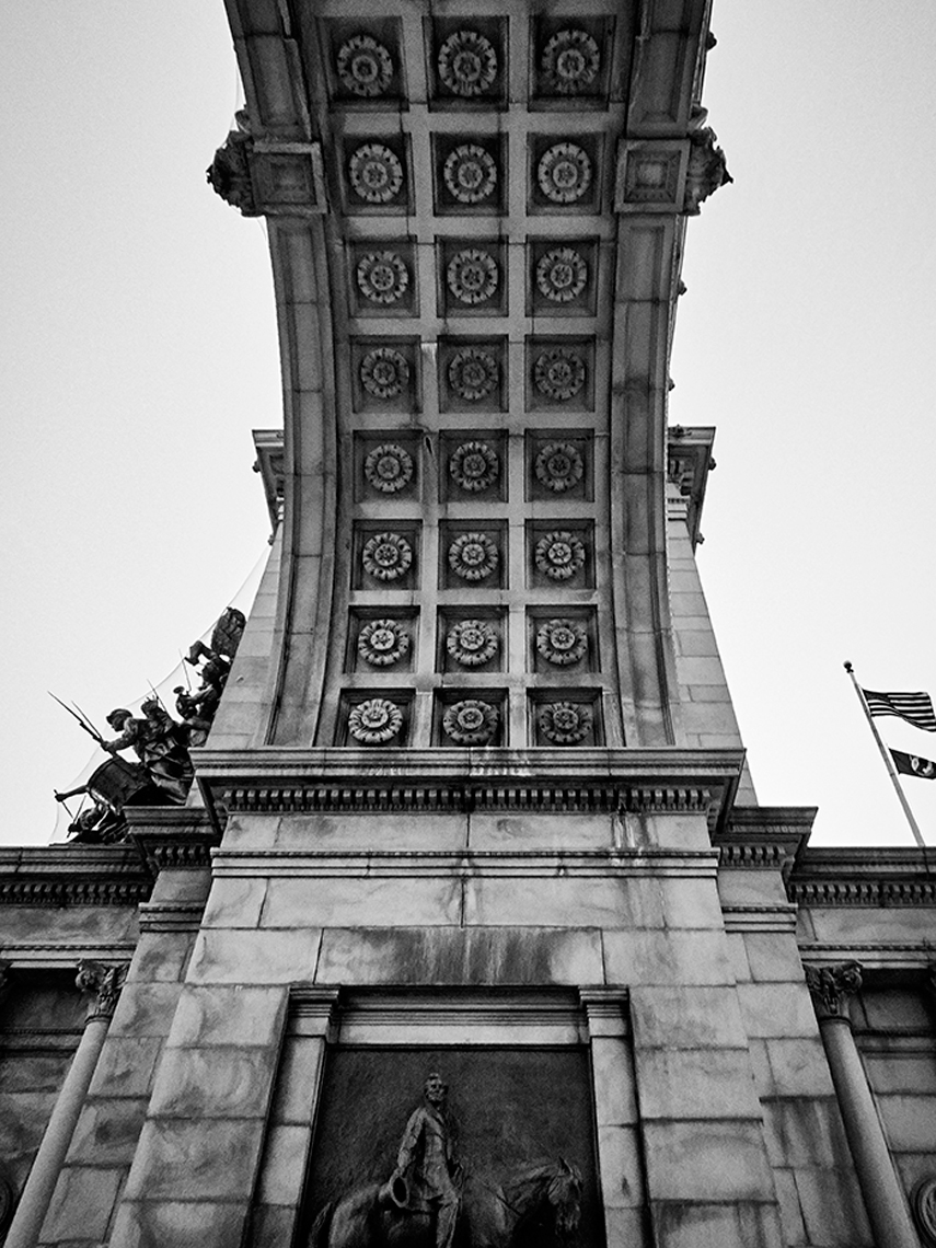 2014_CANON_S110_308_BW
